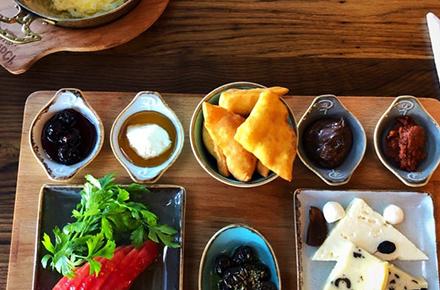 KAMPÇI Kahvaltı•Yemek•Cafe