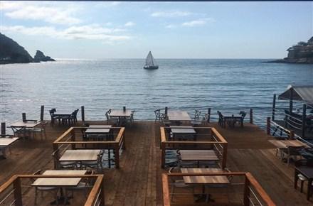 Avzem Cafe & Restaurant