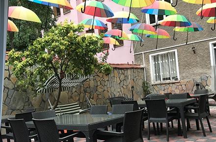 Bahçe Cafe Restoran Kahvaltı /  KÜTAHYA