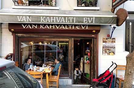 Van Kahvaltı Evi / Beyoğlu / İSTANBUL