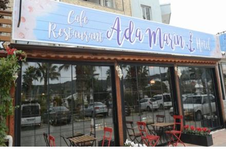 Ada Marin Hotel & Cafe / Restaurant