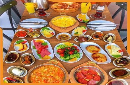 Toccare Cafe&Restaurant / Üsküdar / İSTANBUL