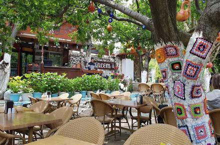 Le Jardin Cafe & Restaurant / Selçuk / İZMİR