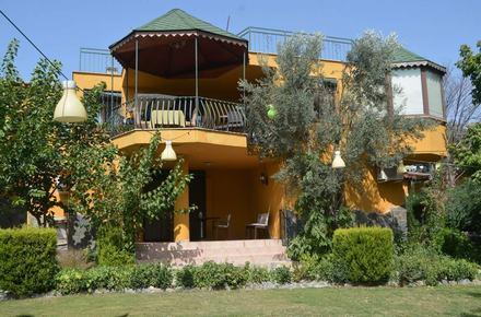 Köyüm Bahçe Restoran ve kahvaltı evi / Bornova / İZMİR